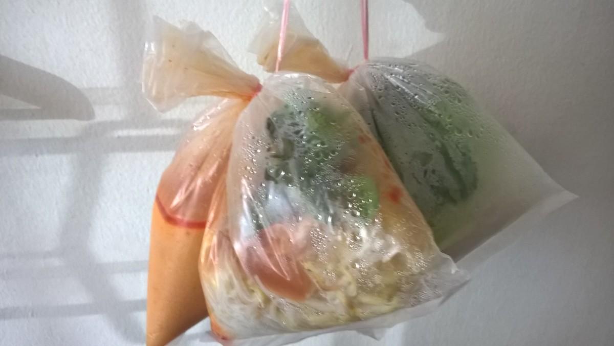 ペナン屈指の有名カリーミー そして肉まん  Penang Curry Mee & Pork Pao