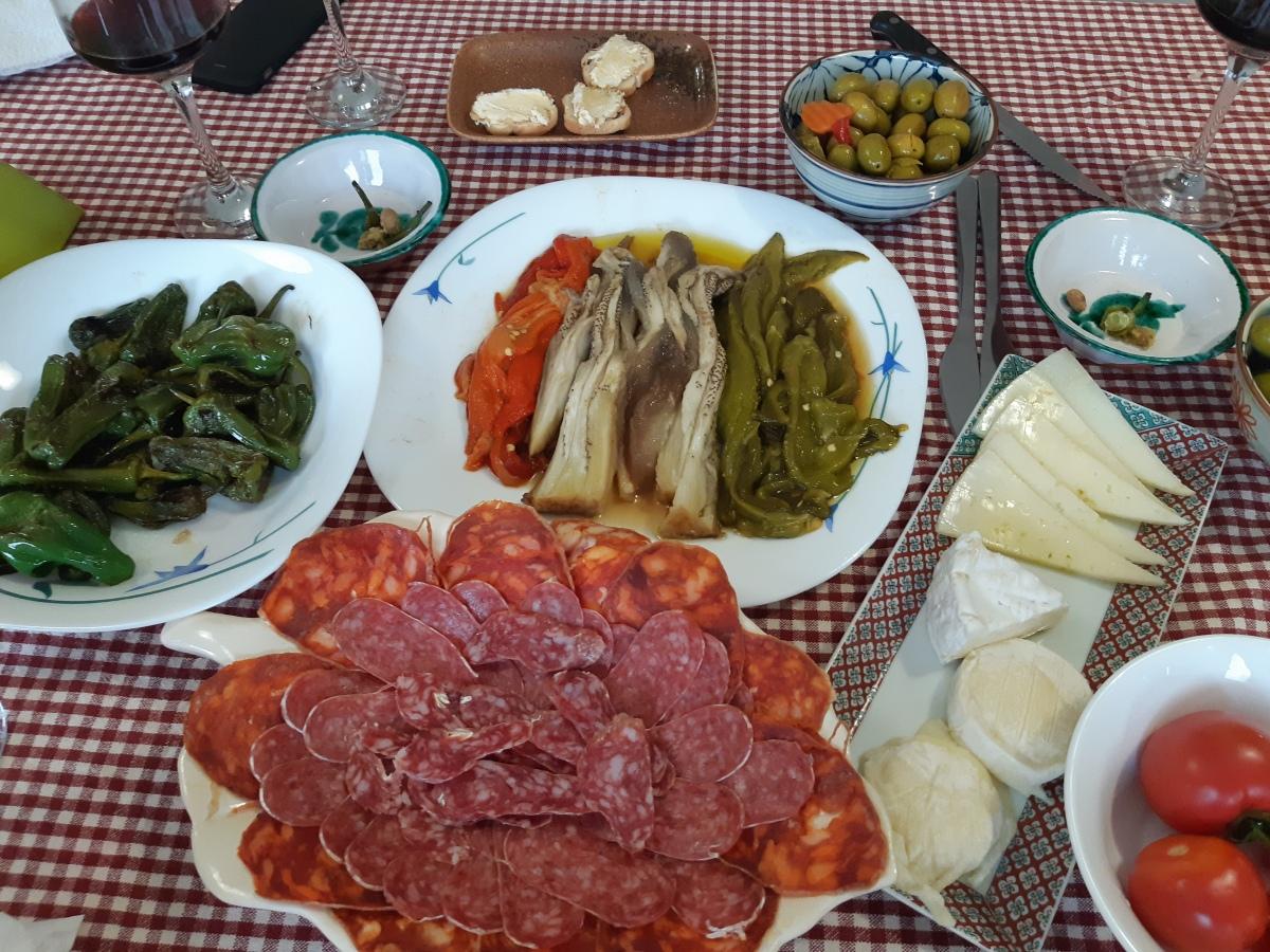 ペナンからヨーロッパへ旅してみた バルセロナの食事・スーパーマーケット・ローカルお宅訪問From Penang to Balcelona